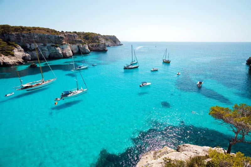 Куда поехать в Испанию на море