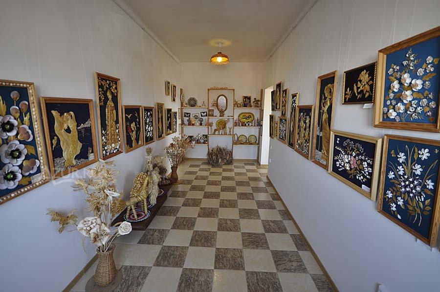 Галерея «Золотая соломка»