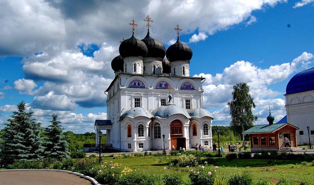Свято-Успенский Трифонов монастырь
