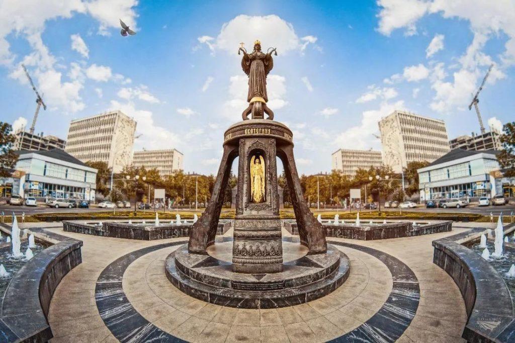 Памятник святой великомученице Екатерине