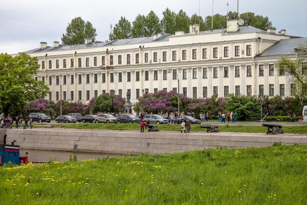 Итальянский дворец