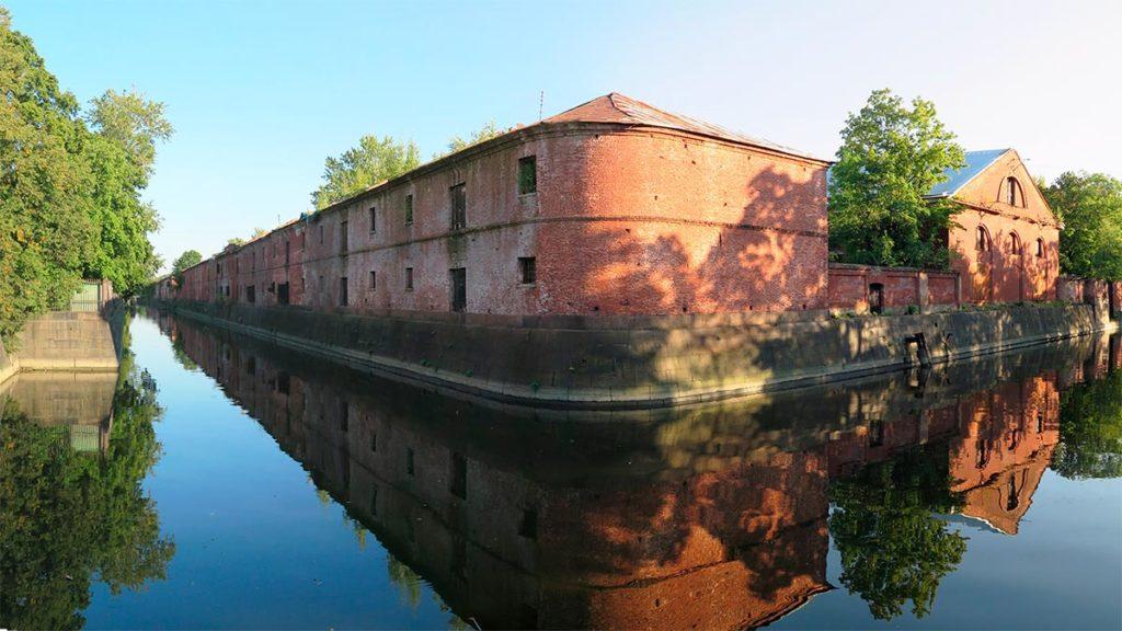 Обводный канал Кронштадта
