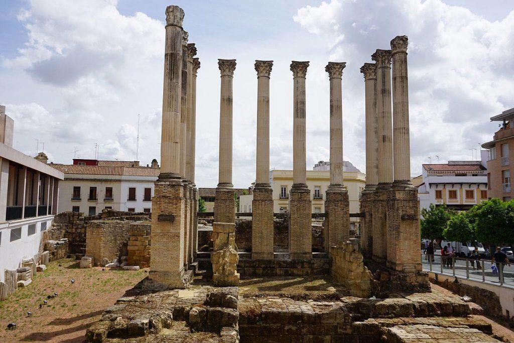 Римский храм