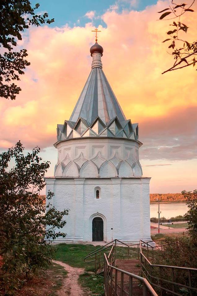 Храм Косьмы и Домиана