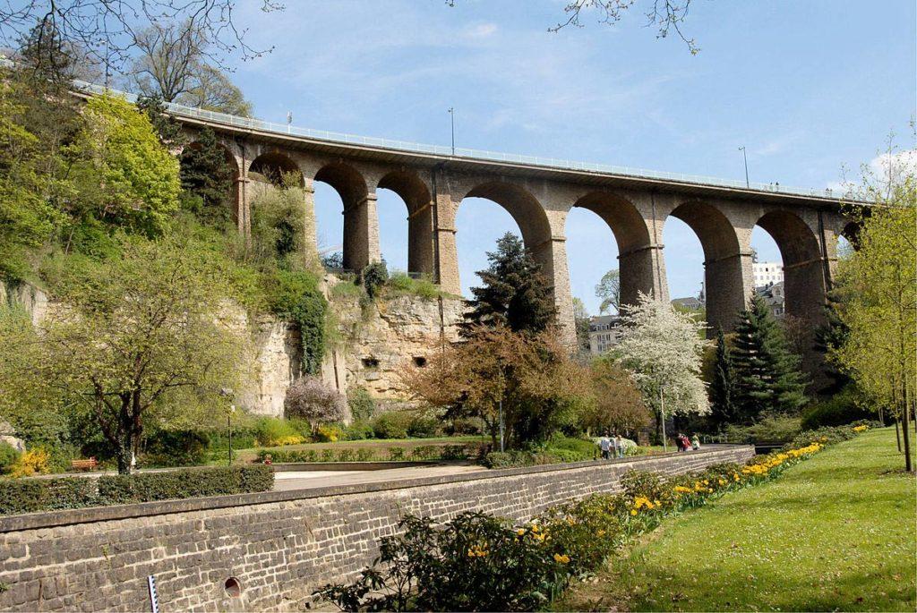 Виадуков мост